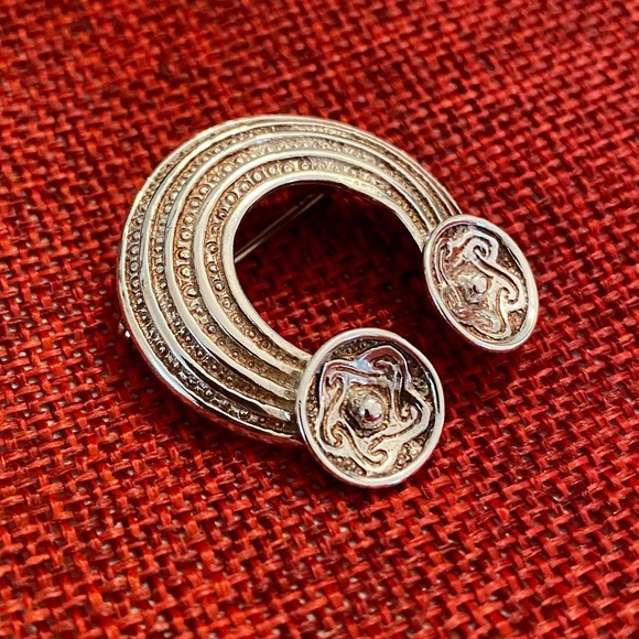 BROOCH PIN STERLING SILVER IRISH CELTIC DESIGN